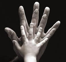 3 hands
